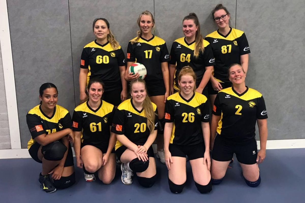Volleybal Almere team Dames 3
